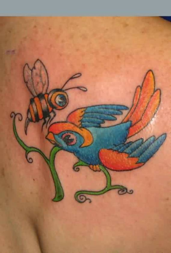Ultimate Black Red And Blue Color Ink Bee & Swallow Tattoo Design On Shoulder For Girls