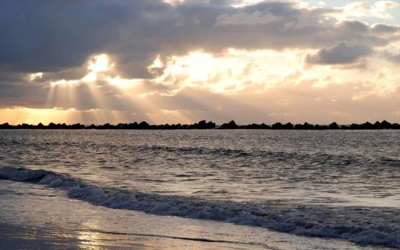Very Beautiful Beach Scenery 4K Wallpaper