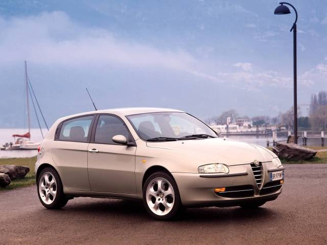 Very fast silver color Alfa Romeo 147 Car
