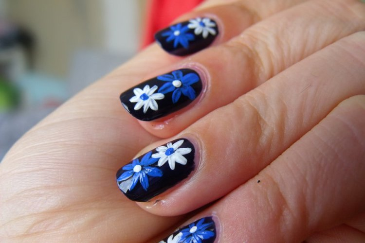 Amazing Black Paint With Blue And White Flower Accent Nail Art