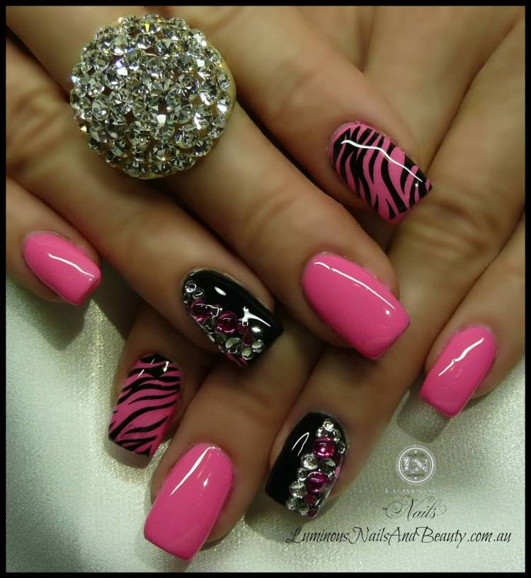 Amazing Pink With Black Color Nail Paint Pink Acrylic Nail Design