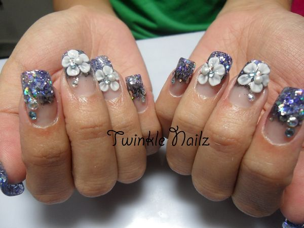 Amazing Shining Nail Paint With White Flower 3D Nail Art