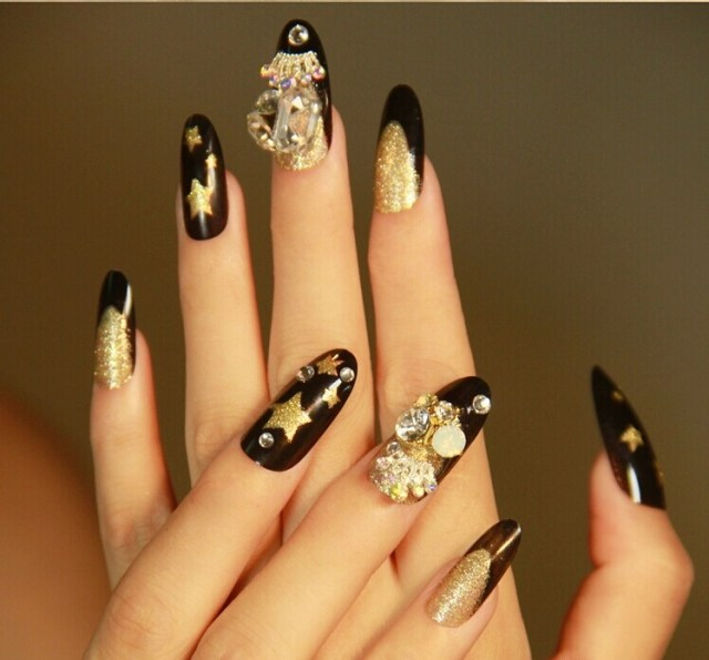 Amazing Stiletto Nails With 3D Anchor Design