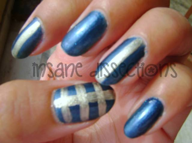 Best Blue Nail With Silver Lining Design