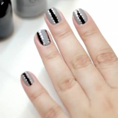 Best Ever Black And Grey Nails With Silver Dot Design