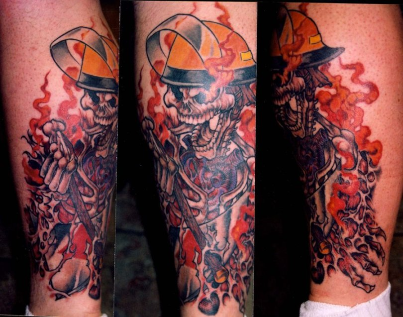 Best Ever Crawling Firefighter Skull Tattoo Design For Boys