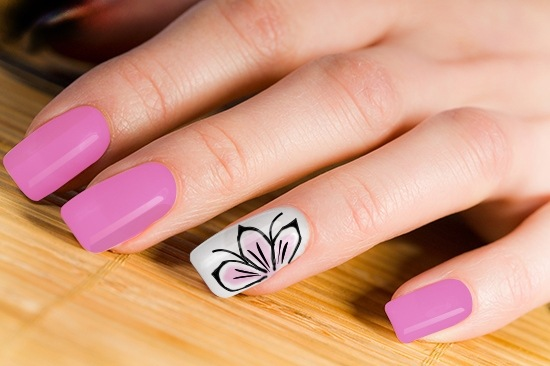 Cute Pink Flower Accent Nail Art