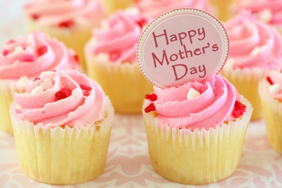 Delicious Cupcake For Mom Happy Mother's Day Wishes Image