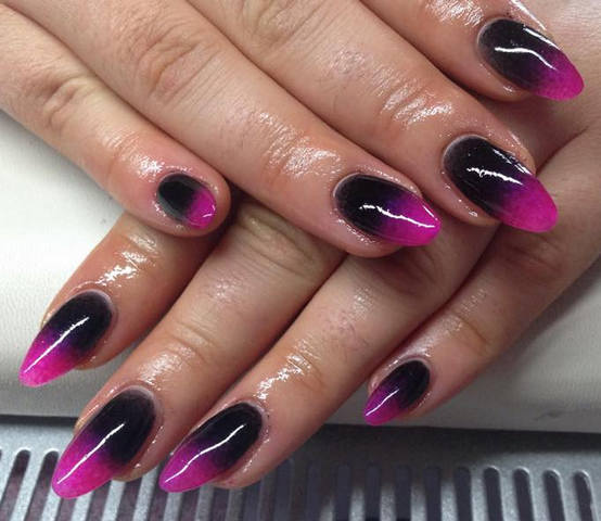 Eye Catching Black And Pink Nails With Pink Color Tip