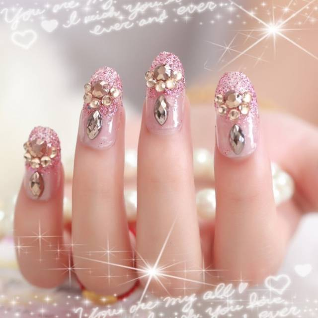 Fabulous 3D Golden Caviar Beads 3D Nail Art