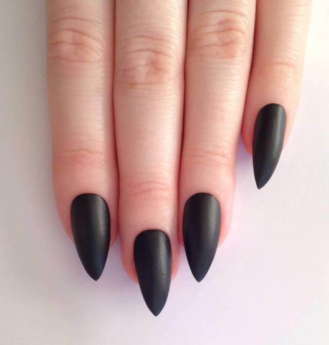 Fabulous Black Nail Art Design With Sharp Nail Design