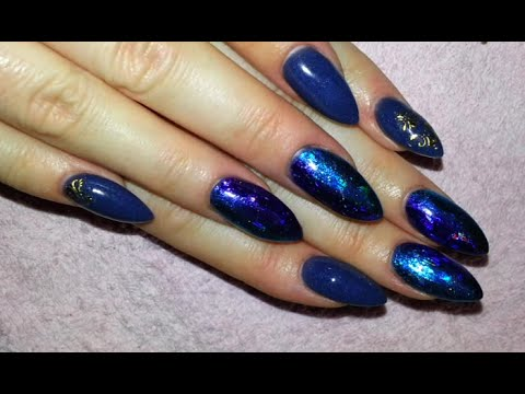 Fabulous Blue Color Nail Paint Almond Shaped Acrylic Nail Art