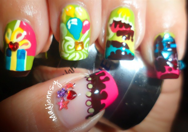 Fabulous Gifts With Balloons And Colorful tips Birthday Nails Birthday Nail