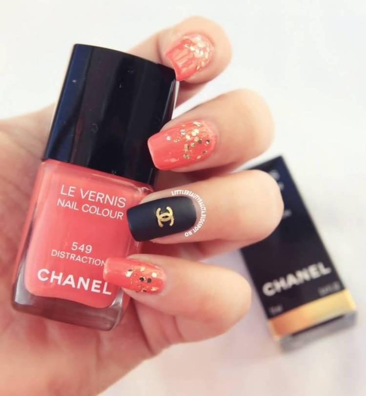 Fantastic Chanel logo Paint Accent Nail Design