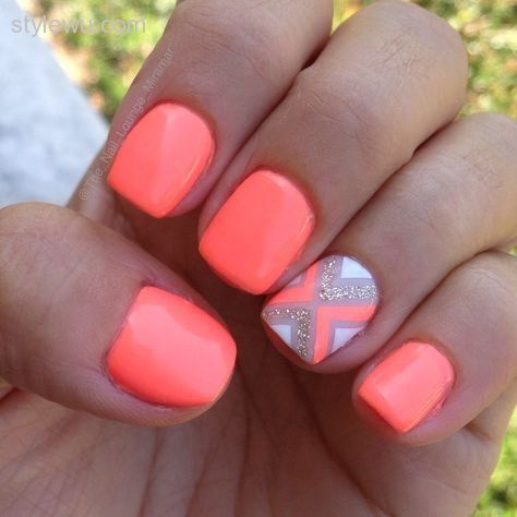 Fantastic Pink And White Color Design In Acrylic Short Nail Design
