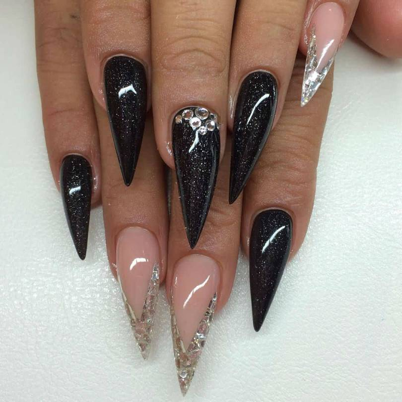 Fantastic Stiletto Nails With Sharp Nail Design