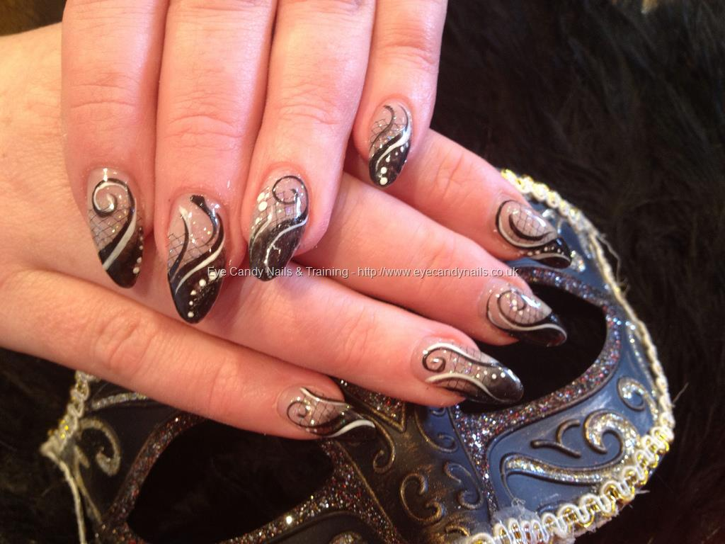 Fantastic Stiletto Nails With Sparkling Nail Paint