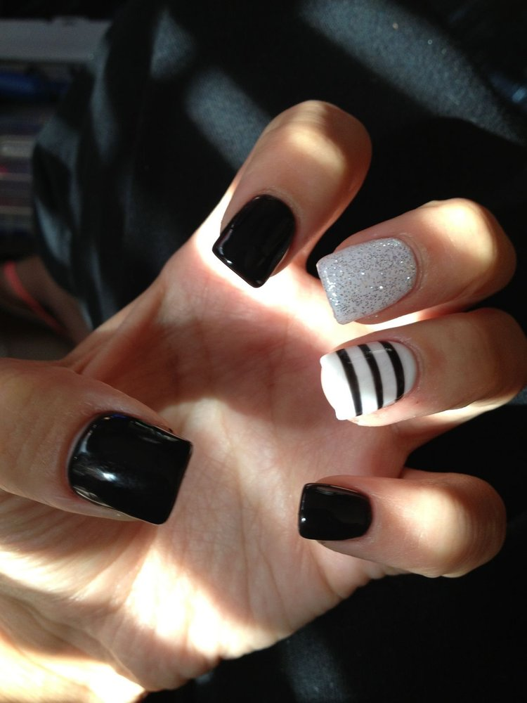 Great Black Nail Art Design With Silver Sparkling Nail Paint