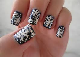 Great Black Nail Art With Snow Design