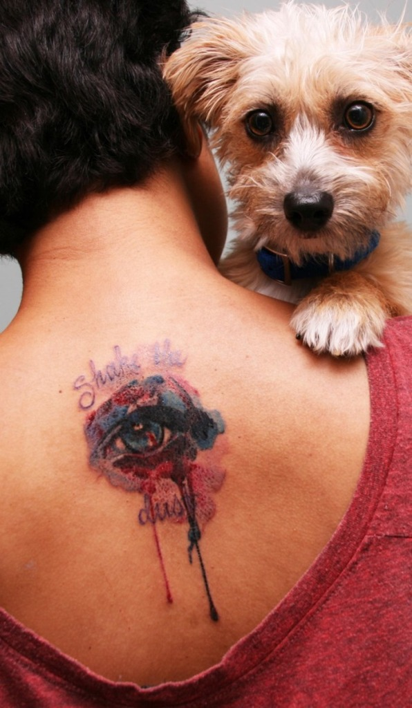Great Cool Eye Tattoo On Upper Back For Boys