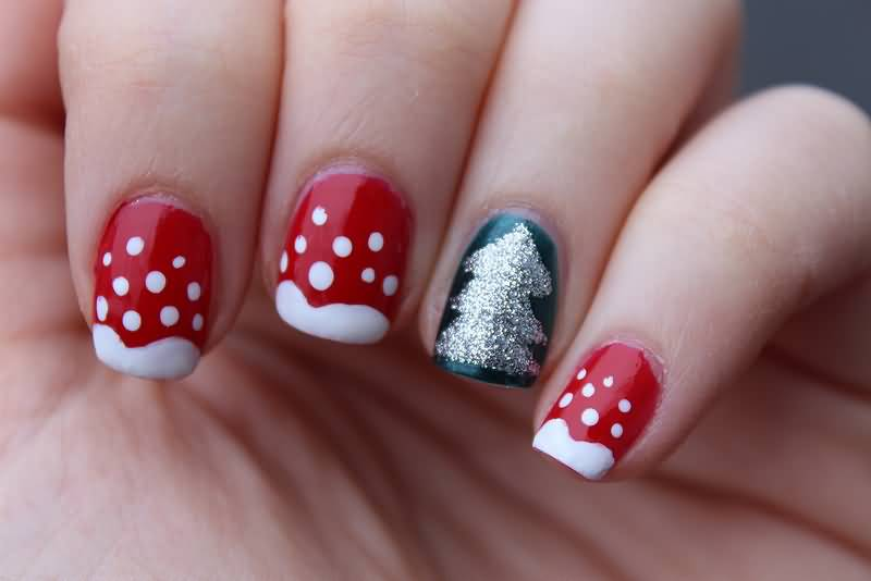 Most Cutest Red And Snow tree design In Acrylic Short Nail Design