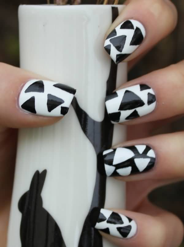 Sensational Black Matte Nails With Pizza Cutting Design