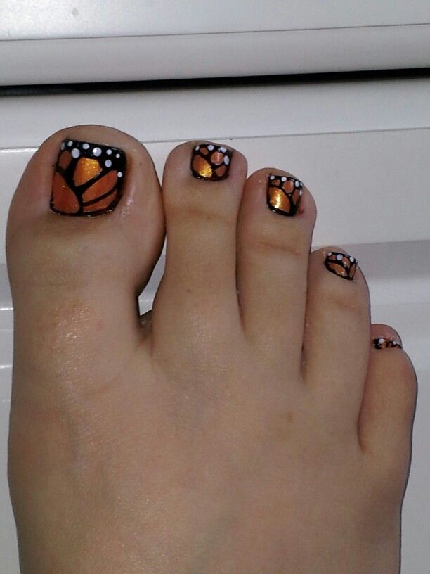 Simple Butterfly Nail With Golden Feather