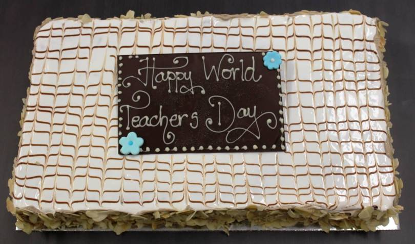 Teacher's Day Delicious Cake Image