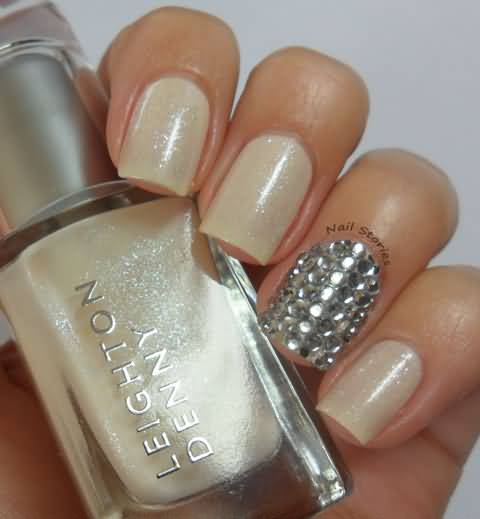 Ultimate Natural Color Paint With Rhinestones Accent Nail Art