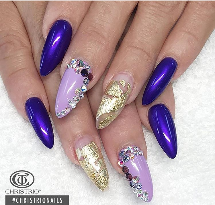Ultimate Violet Color Paint In 3D Nail Art