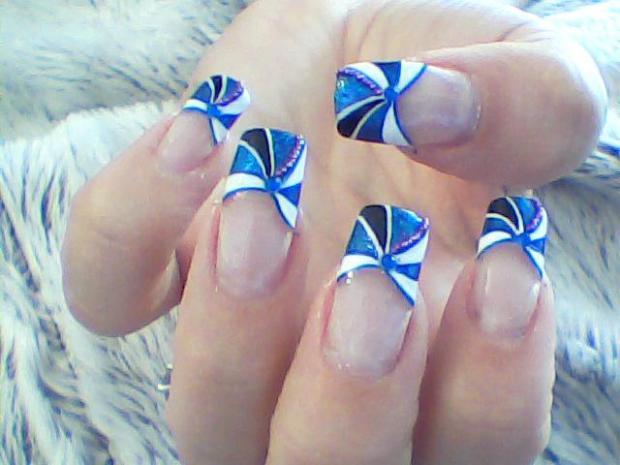 Unique Blue Nail Art On Tip Only
