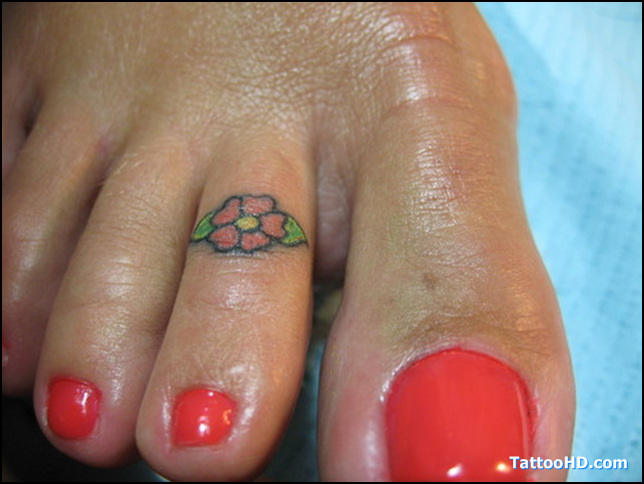 Weird Hawaiian Hibiscus Flower Tattoo For Girls