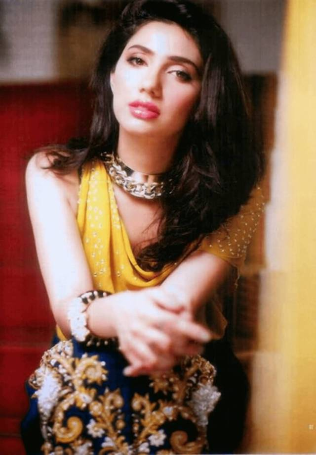 super pic of mahira khan