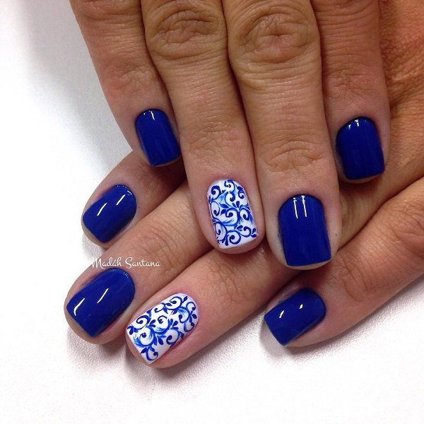 Fabulous Blue Nails With Marble Design