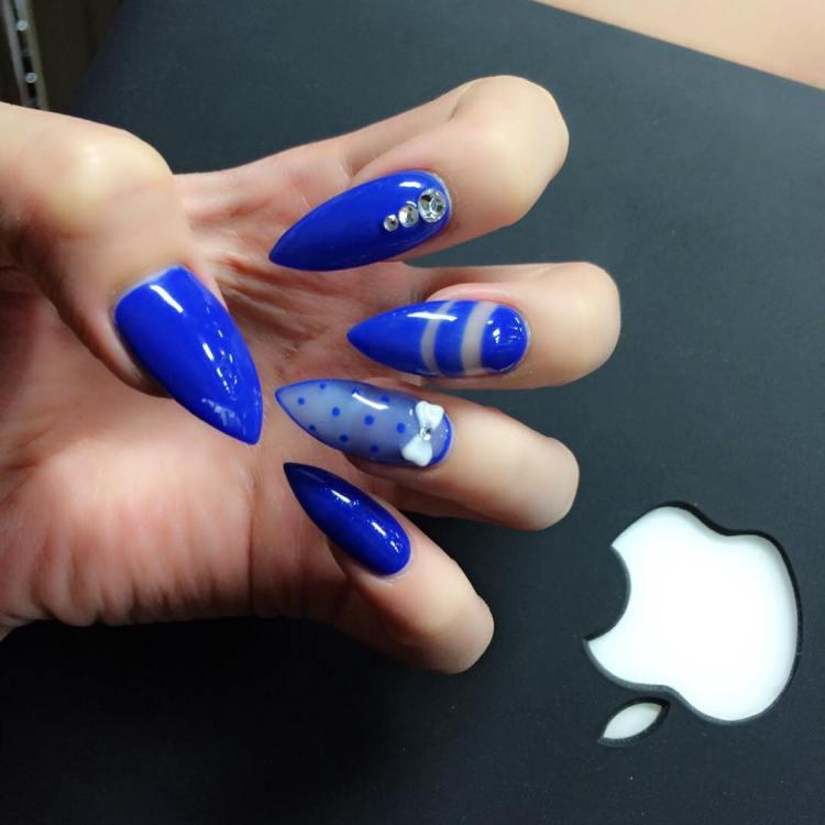 Fantastic Blue Nails With Sharp Nail Design