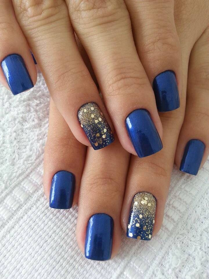 Great Blue And Silver Nails