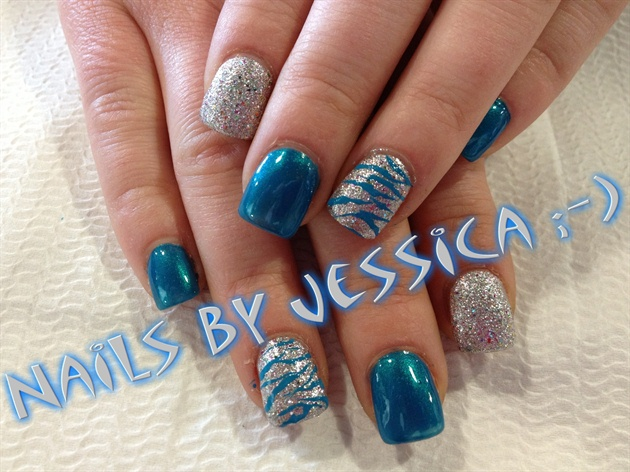 Phenomenal Blue And Silver Nails With Scratch Design