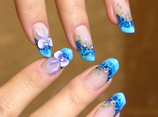 Phenomenal Blue Nails With 3D Bow