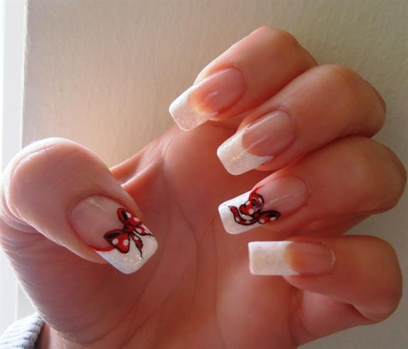 Sensational Bow Nails