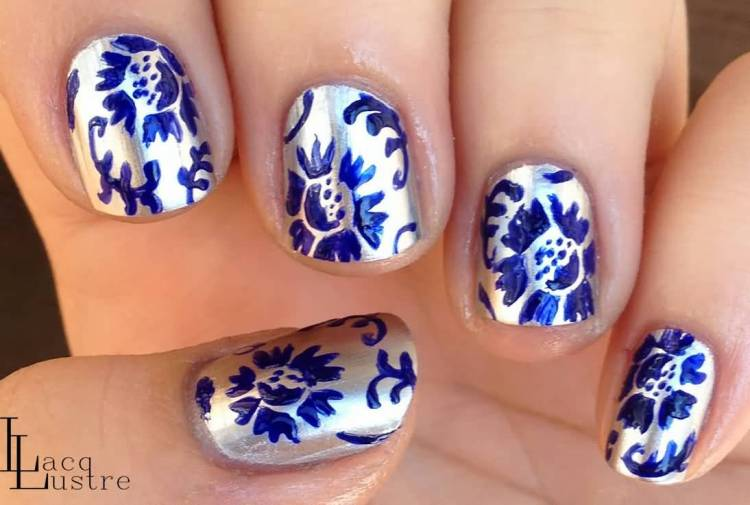 Stunning Blue And Silver Nails (2)