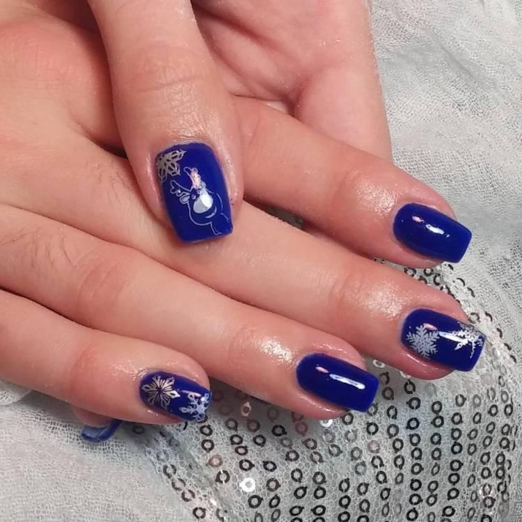 Tremendous Blue Nails