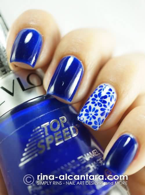 Trendy Blue Nails WIth Flower