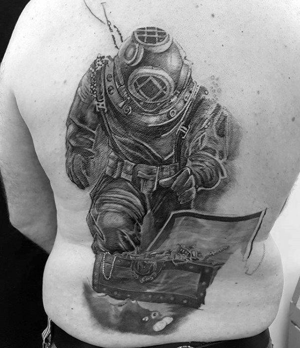 Crazy Diver Tattoo On back for Old mens