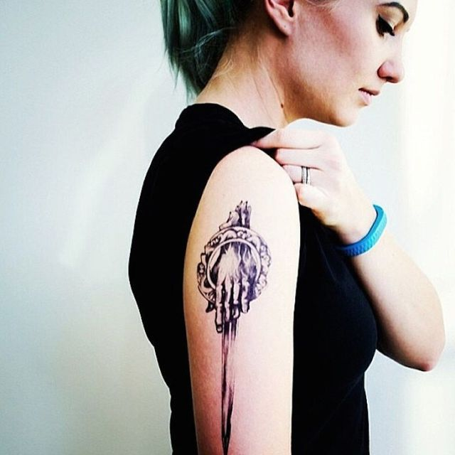 Lovely Game Of Thrones Tattoo On Shoulder For women