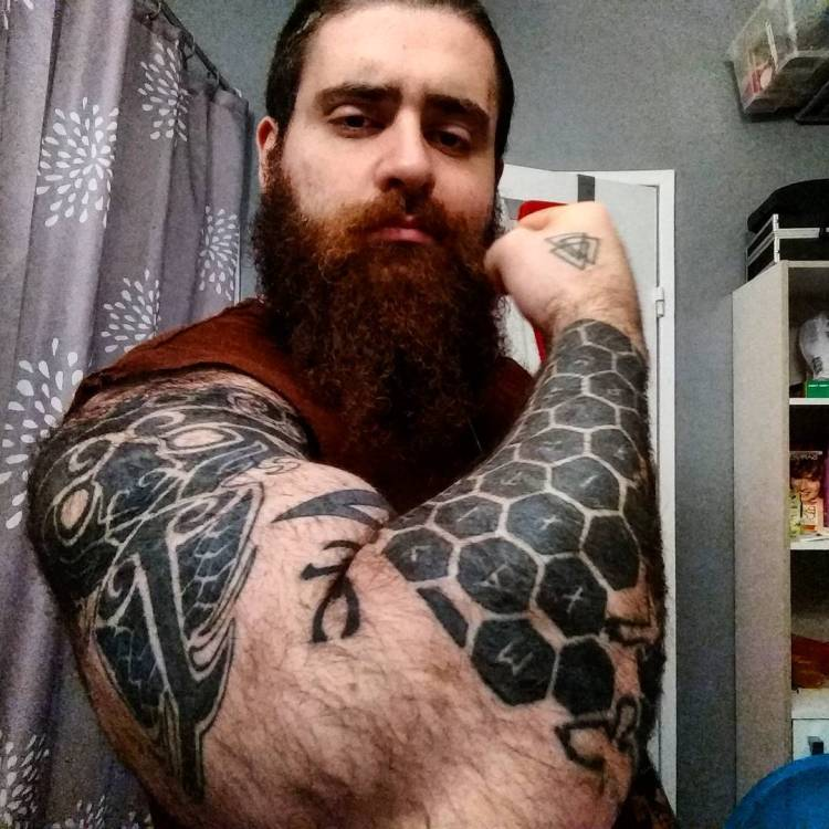 Men With Awesome Honeycomb Tattoo On Arm