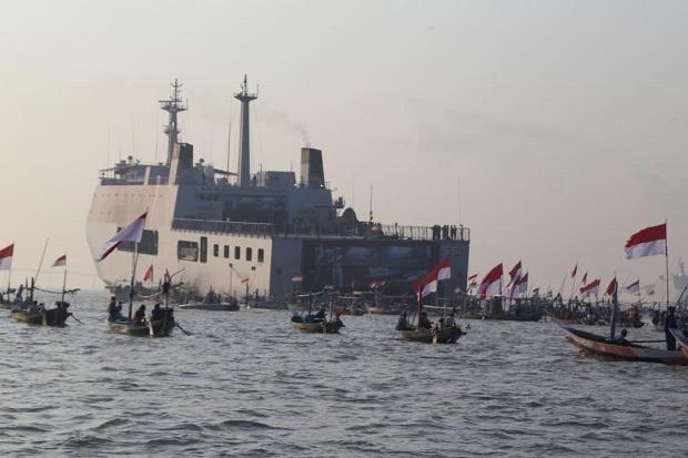 Peduli Nelayan, Pagi Ini Koarmada II Bagikan 2.600 Paket Sembako