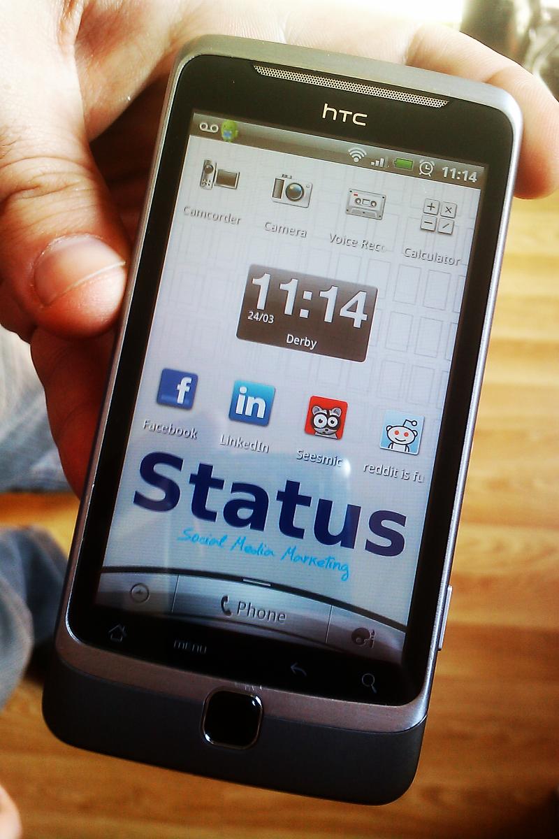 Custom Phone Wallpaper For Status Social Media Marketing Pictoblog