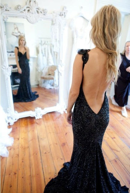 TOP SEXY LUXURY Black Sequins Beading DEEP V BACK