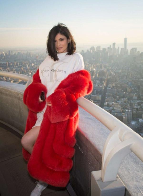 Coat Red Coat Kylie Jenner Kardashians Instagram Nyfw