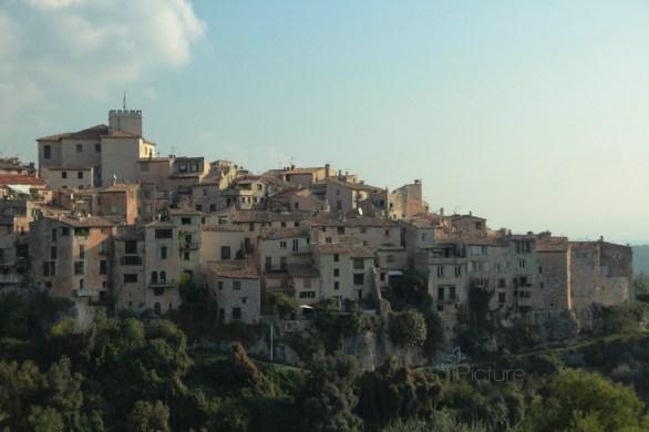 Tourettes-sur-Loup - Provence